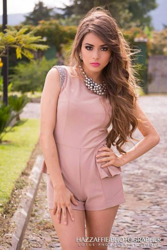 Mujeres - 381518