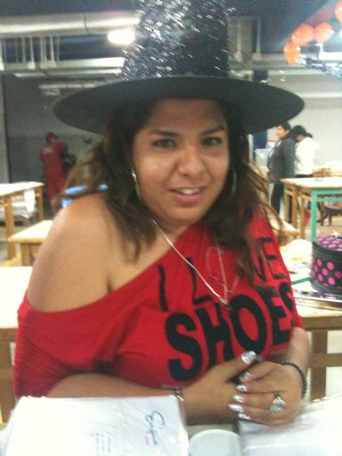 Mujer Busca Hombre Amistad - 380912