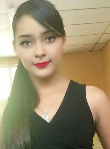 Mujer Soltera Salvadorena - 72256